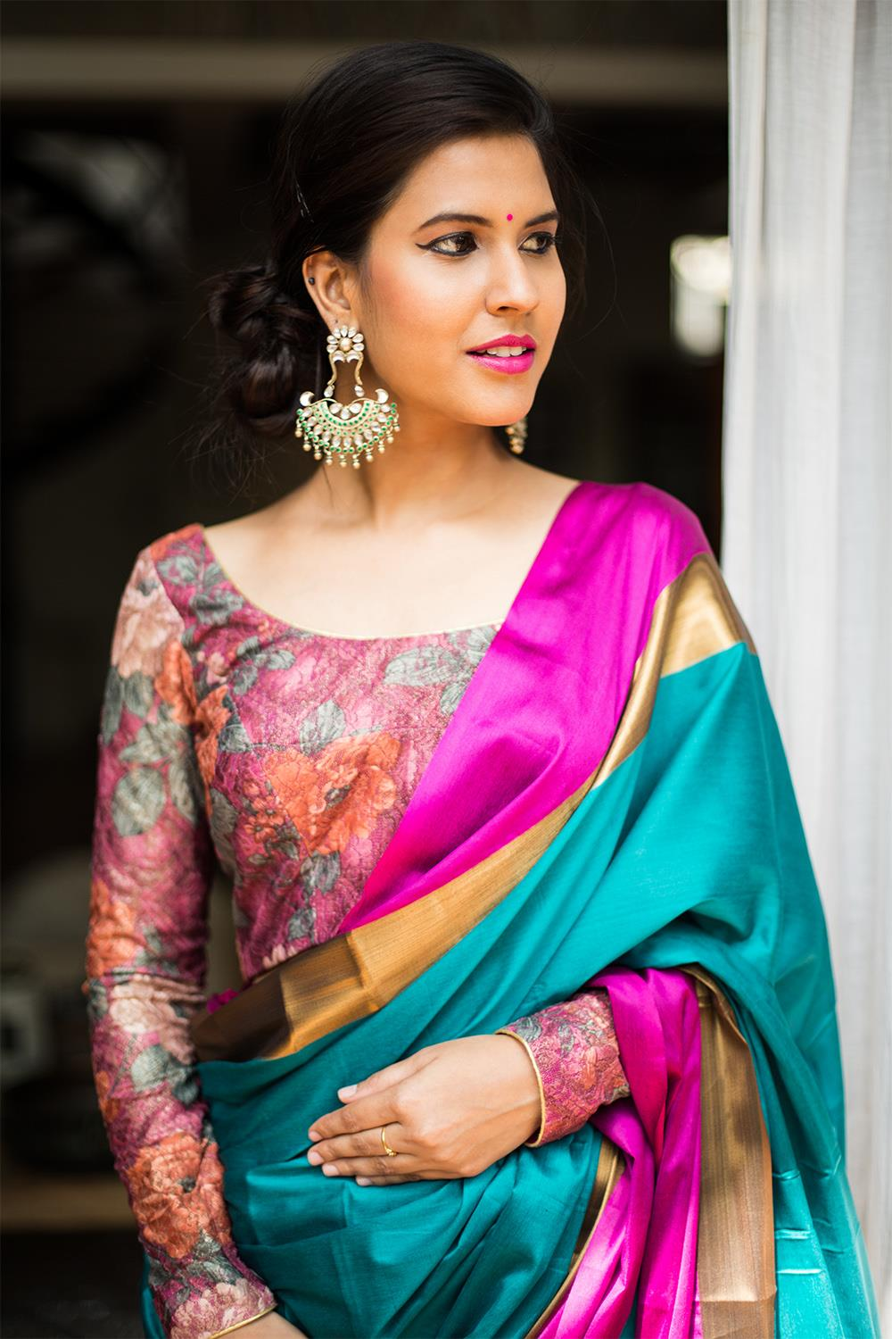 boat-neck-saree-blouse