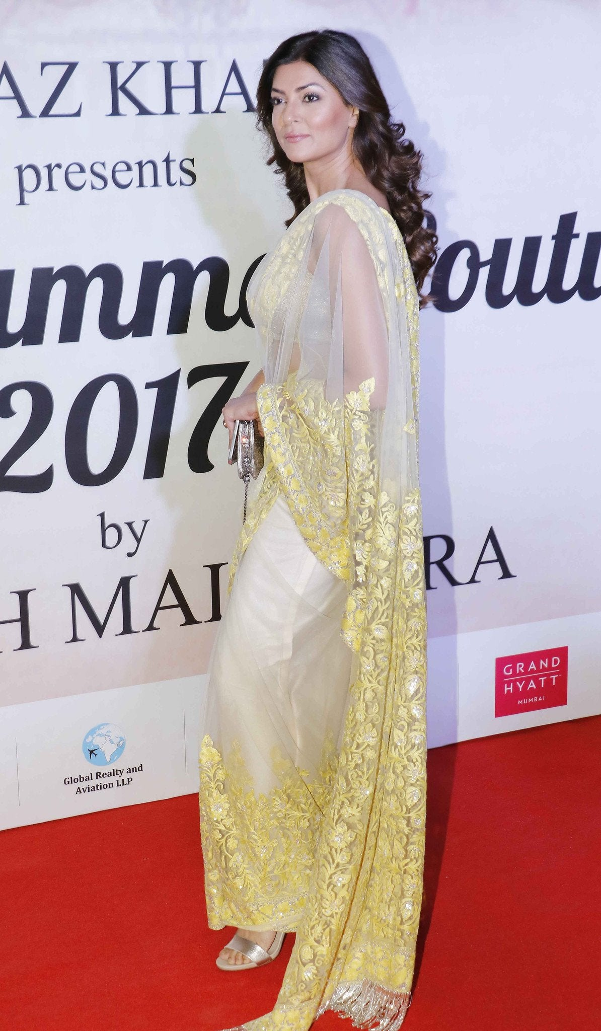 sushmitha-sen-in-saree