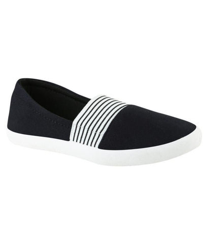 Designer Black & White Sneakers Casual Footwear Canvas Shoes For Girls Stripes Pattern Designer Casual Shoes
