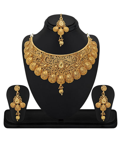 Festive Party Special Jewelry Zinc Gold Plated Kundan Golden Choker Necklace Set with Maang Tikka For Women