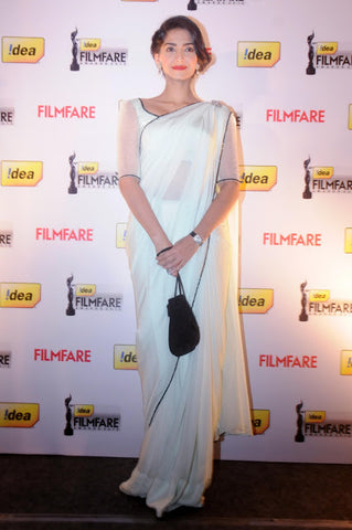 Sonam Kapoor's Designer Off-White Saree Chiffon Plain Saree With Border