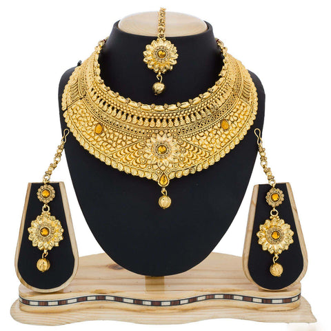 Trendy Heavy Necklace For Women Golden Neck Jewelry Online