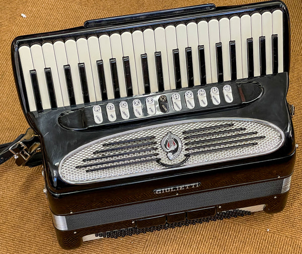 Giulietti Classic 57 Piano accordion, 120 Bass 4 voice double octave