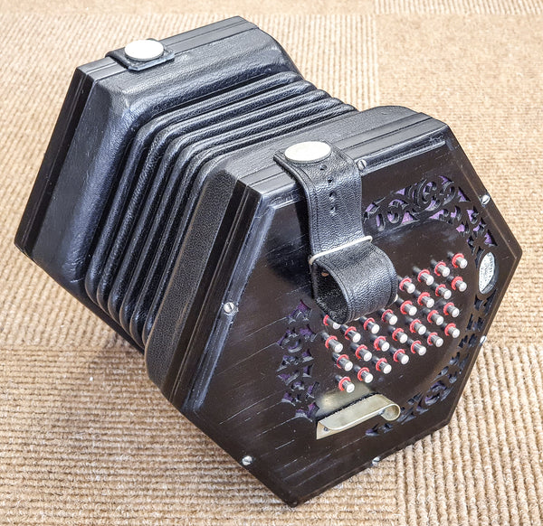 Lachenal New Model Extended 60 key English Concertina - TheReedLounge.com