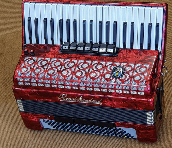 Royal Standard 120 bass 3 voice Piano Accordion
