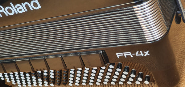 Roland FR4x V-Accordion Piano in Black, Ex Demo