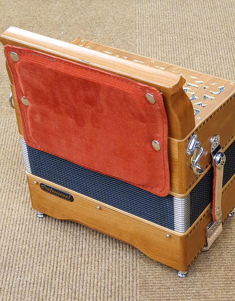 Fisitalia Morris II D/G melodeon with hand made reeds