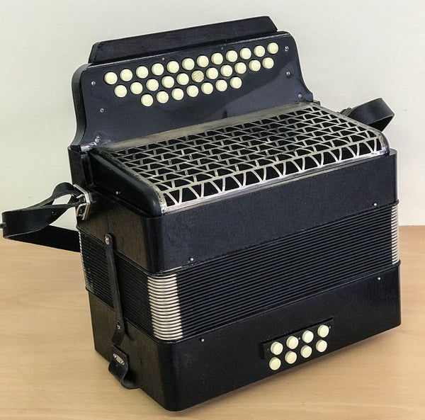 Hohner 2.5 row Melodeon C/F - TheReedLounge.com