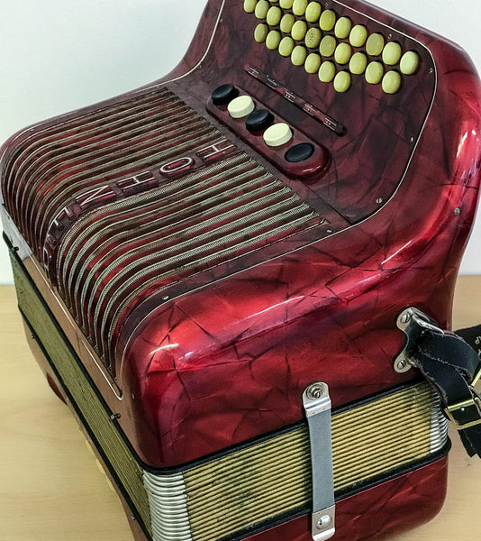 Hohner Club IIIM 3 voice Melodeon in C/F - TheReedLounge.com