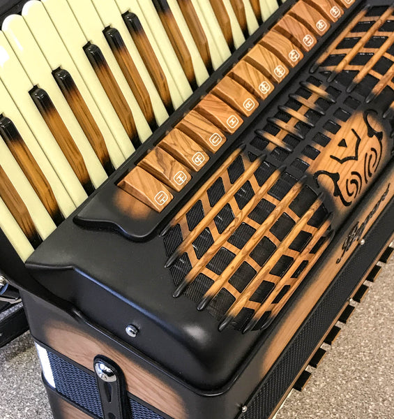 Bugari 288/XOANA 4 voice 120 bass piano accordion - TheReedLounge.com