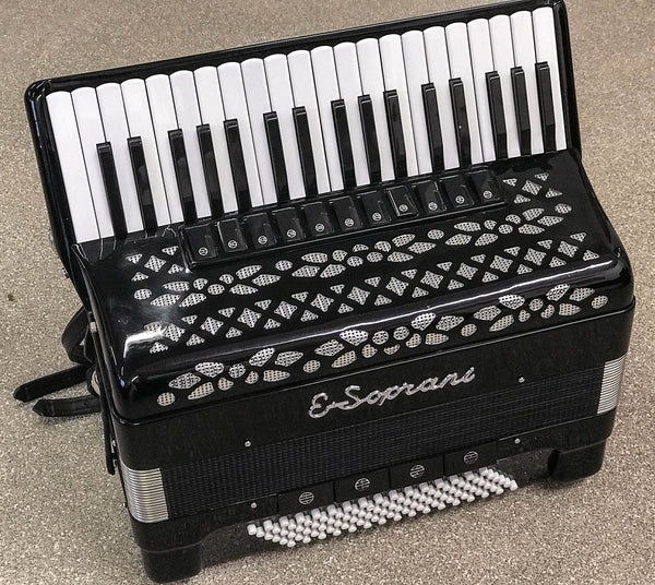 E Soprani 4 voice musette 96 bass piano accordion