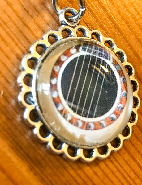 Guitar Sound hole Keyring - TheReedLounge.com