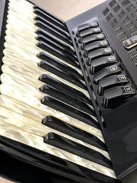 Bugari Seniorfisa 148/SE 4 voice 96bass Piano Accordion - TheReedLounge.com