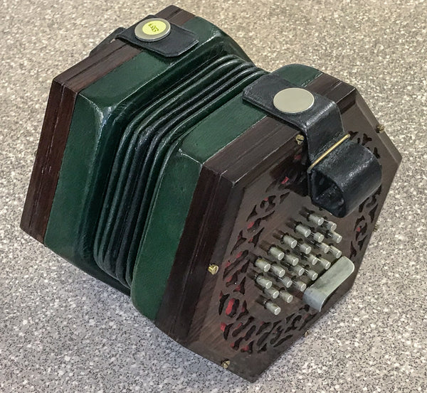 Wheatstone 48 key English concertina, 6 fold bellows - TheReedLounge.com