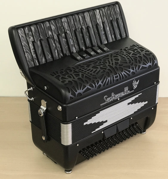 Saltarelle Impulse piano accordion, 96 bass 30 key