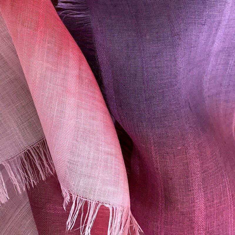 linen-scarf-hand-painted-70x200cm-purple-pink-otta-italy-2136
