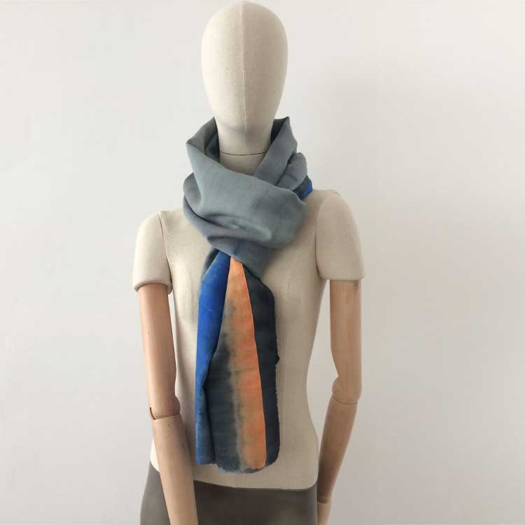 wool-scarf-hand-painted-70x230cm-grey-blue-orange-otta-italy-64