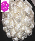 LILLY - Satin Roses Brooch Bouquet Kit