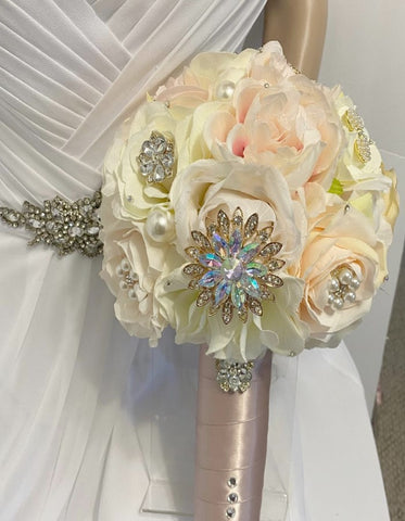 KARINA ~ READY to SHIP l Ivory, Blush, Peach silk roses Brooch Bouquet