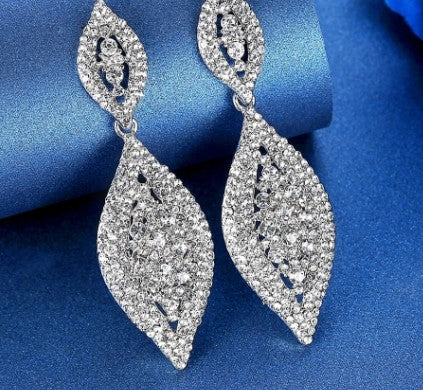 MEC-004 Crystal Long Drop Earrings Bridal Wedding