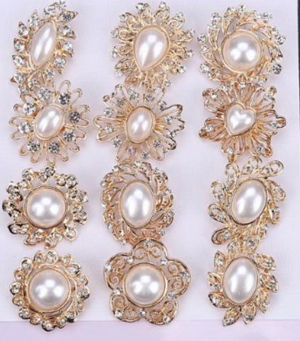 12 Pcs of Pearl Gold Flower Brooch BR-044