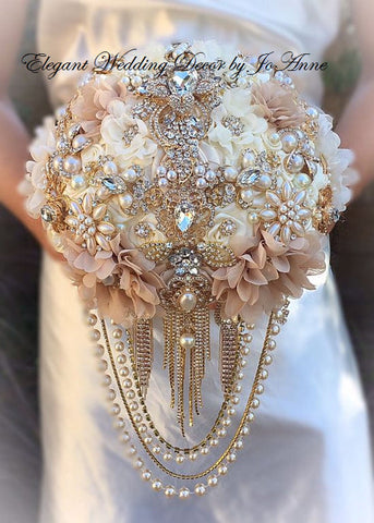 "Private Sale 9"" Brooch Bouquet Collette"