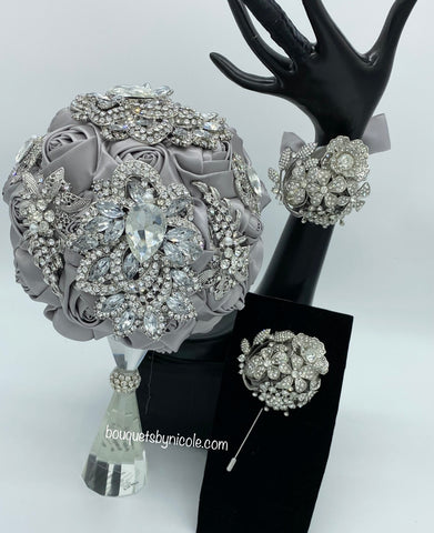 LISA ~ Luxury Brooch Bouquet Silver or Gold