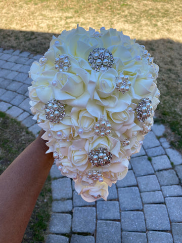 NIAH Real Touch Roses Cascade Brooch Bouquet