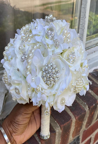 MARA ~ Silk Roses & Hydrangeas Brooch Bouquet