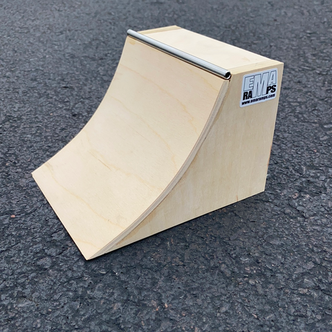"EMA Ramps Fingerboard ""Steel"" Picnic Table"