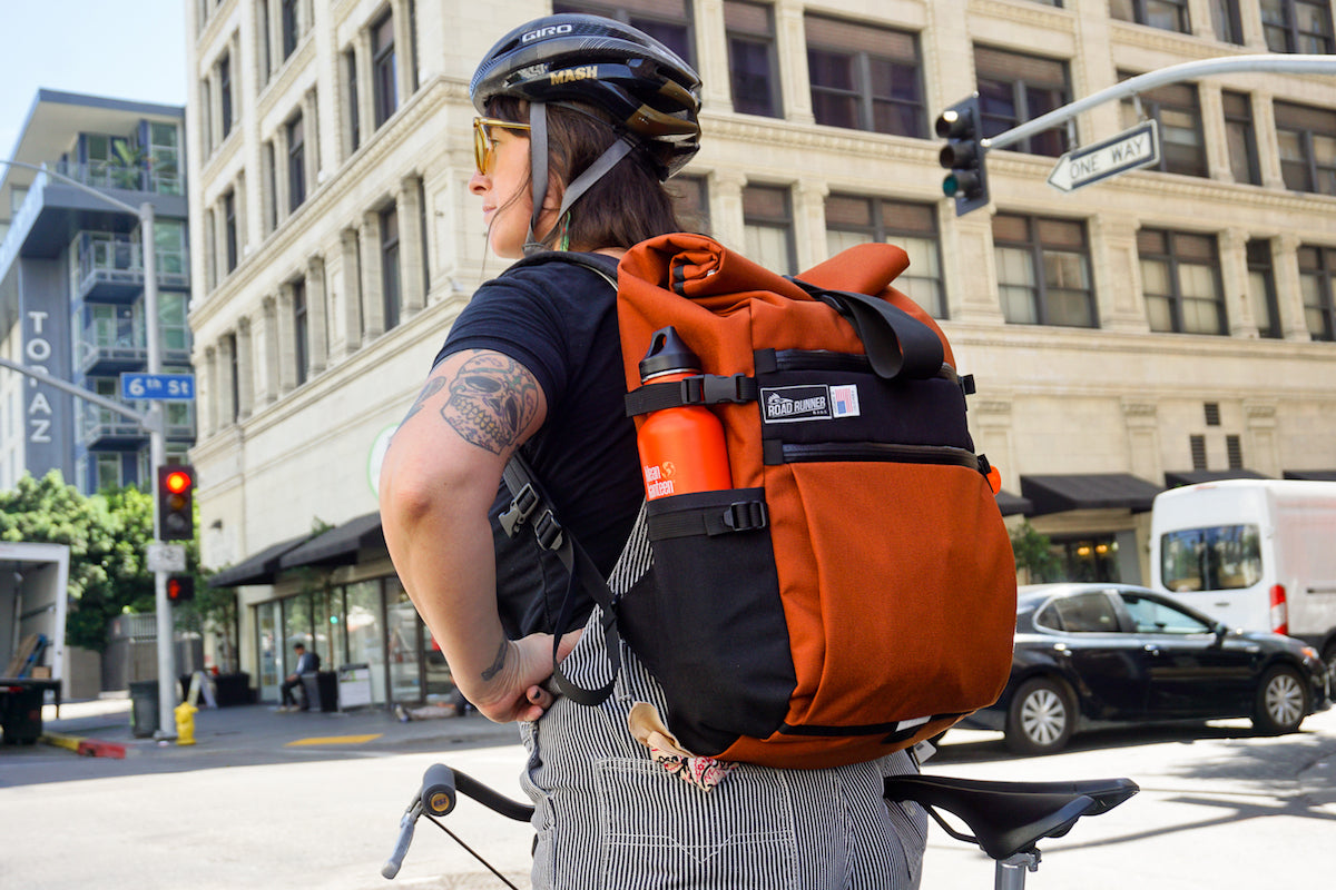 Medium Roll Top for Commuting and Lifestyle