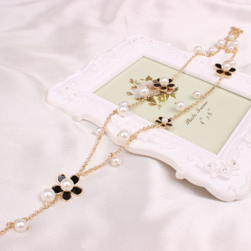 Necklace - Daisies And Pearls Necklace