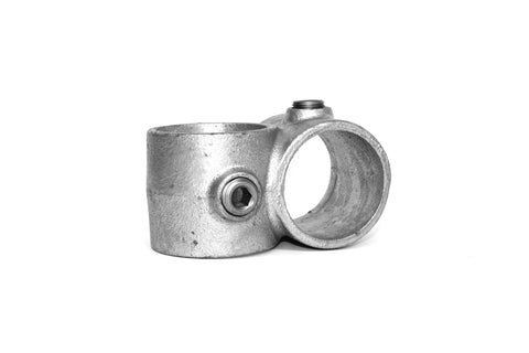 161 - Crossover Galvanized Pipe Fitting