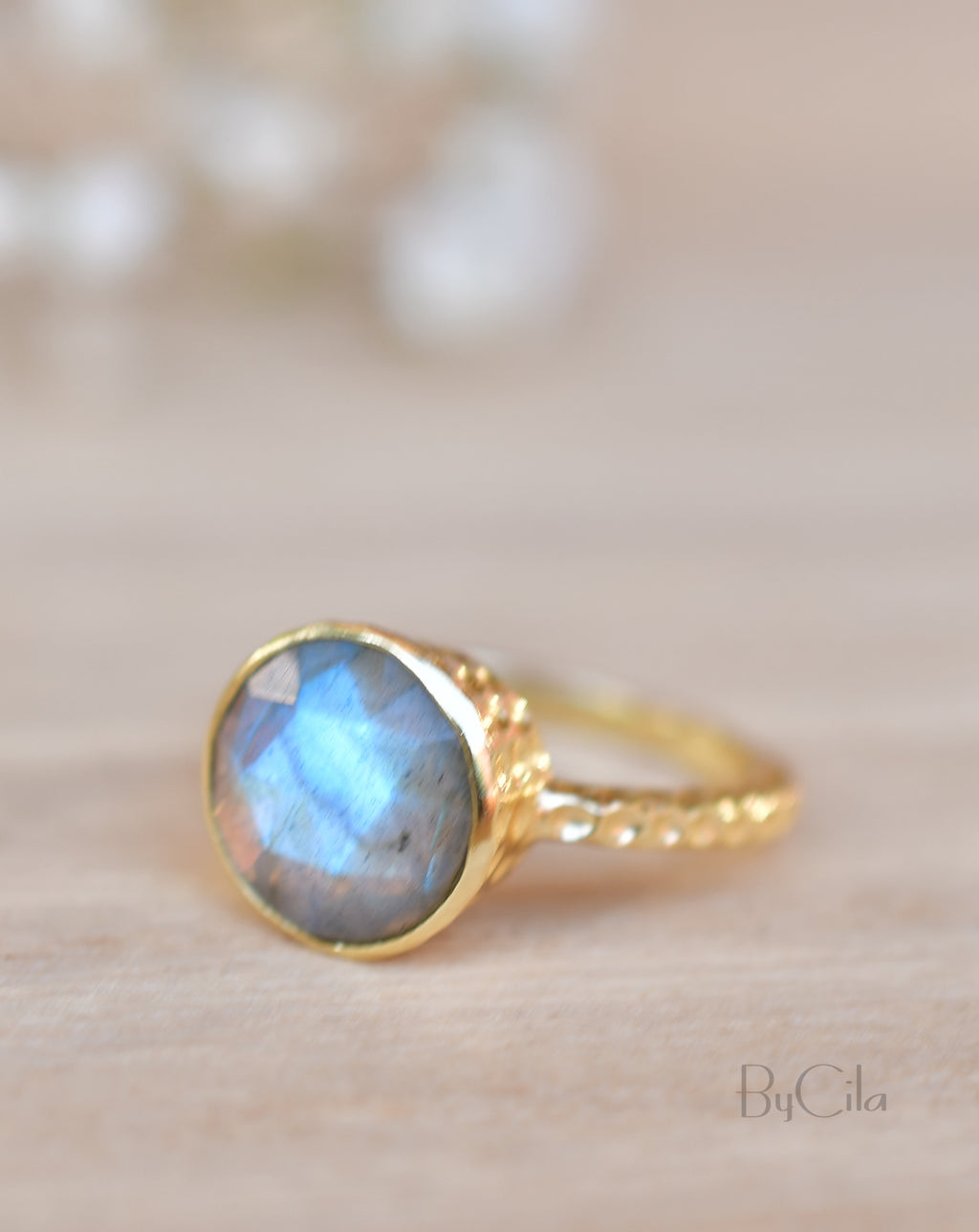 Marcela Ring * Rainbow Labradorite * Gold Plated 18K * SBJR105