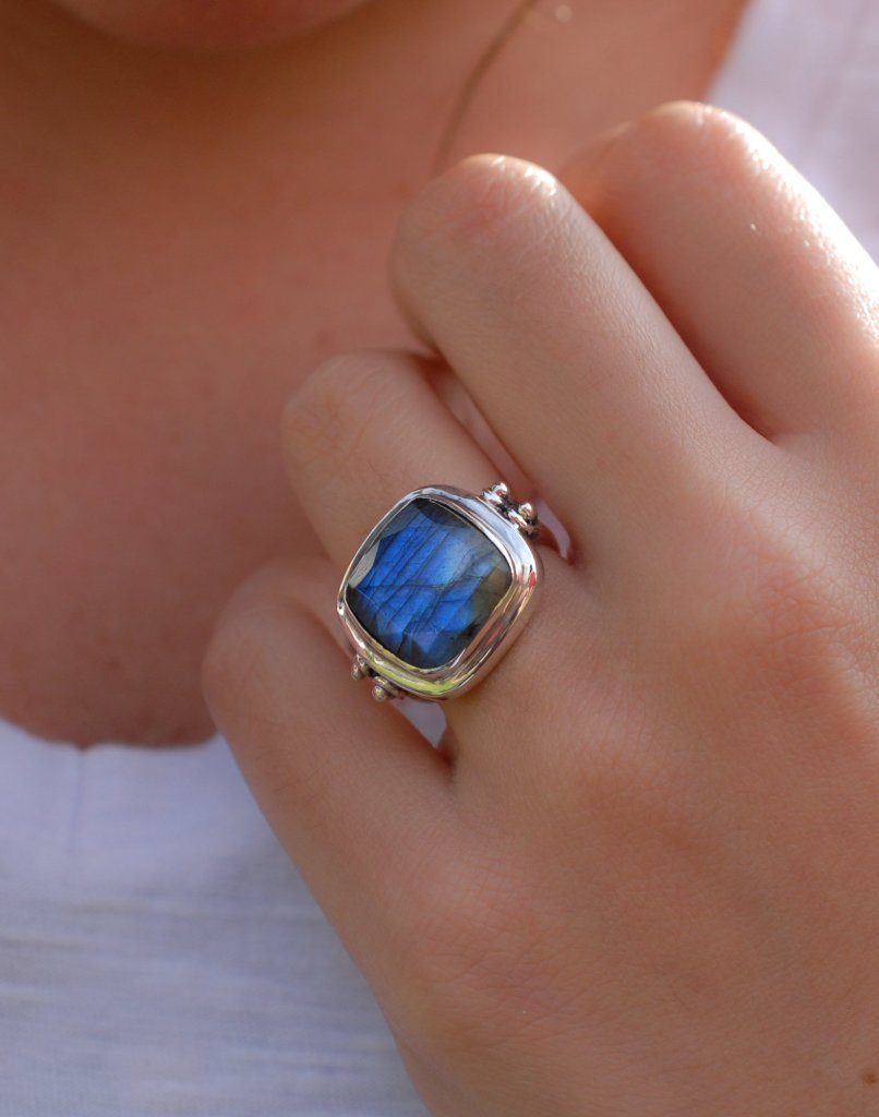 Dalila Labradorite/ Moonstone Ring (MR111)