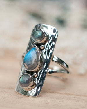 Labradorite Hammered Ring * Sterling Silver 925 * Handmade * Gemstone * Jewelry * Boho *Bohemian *Statement *Hippie *Gift for her BJR037