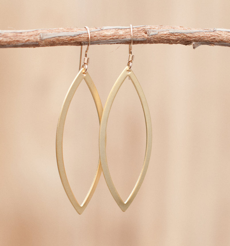 Geometric Gold Plated 18k Earrings * ByCila * Oval * Handmade * Dangle * Lightweight * Thick * BJE041