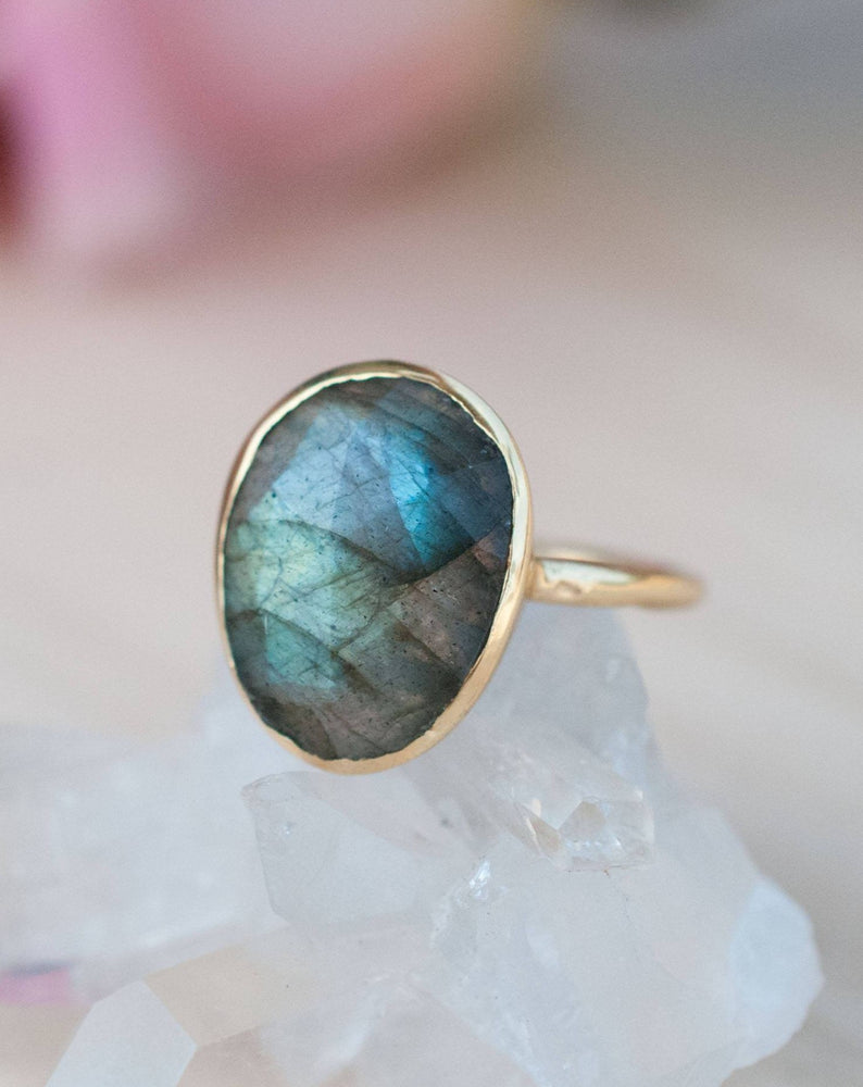 Barbara Ring * Rainbow Labradorite *  Gold Plated 18k * BJR066