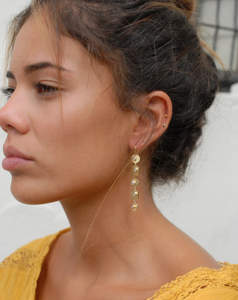 Sonia Earrings * Moonstone * Gold Plated 18k * BJE078