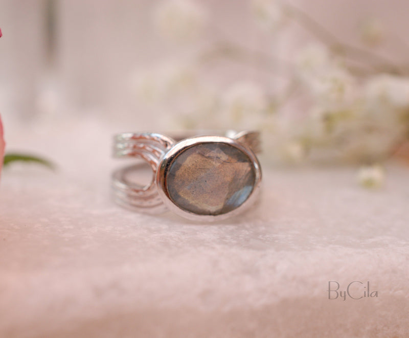 Labradorite Silver Plated Ring  * Labradorite *Genuine Gemstones * Handmade * Statement * Natural * Organic * Gift for her * BJR044