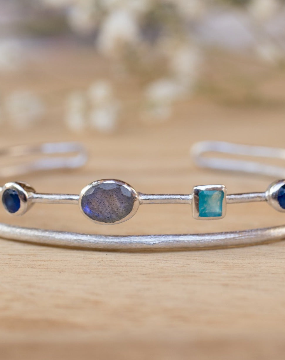 Labradorite, Green White Jade, Sapphire hydro * Bangle Bracelet * Gold Plated and Silver Plated * Gemstone * Adjustable *Statement * BJB031B