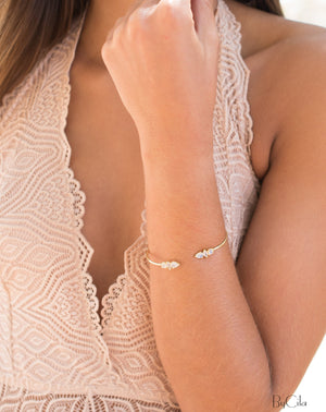Moonstone Bangle Bracelet *  Gold Plated * Gemstone * Gypsy * Hippie *  Adjustable * Statement *  Stacking * Layering * BJB034