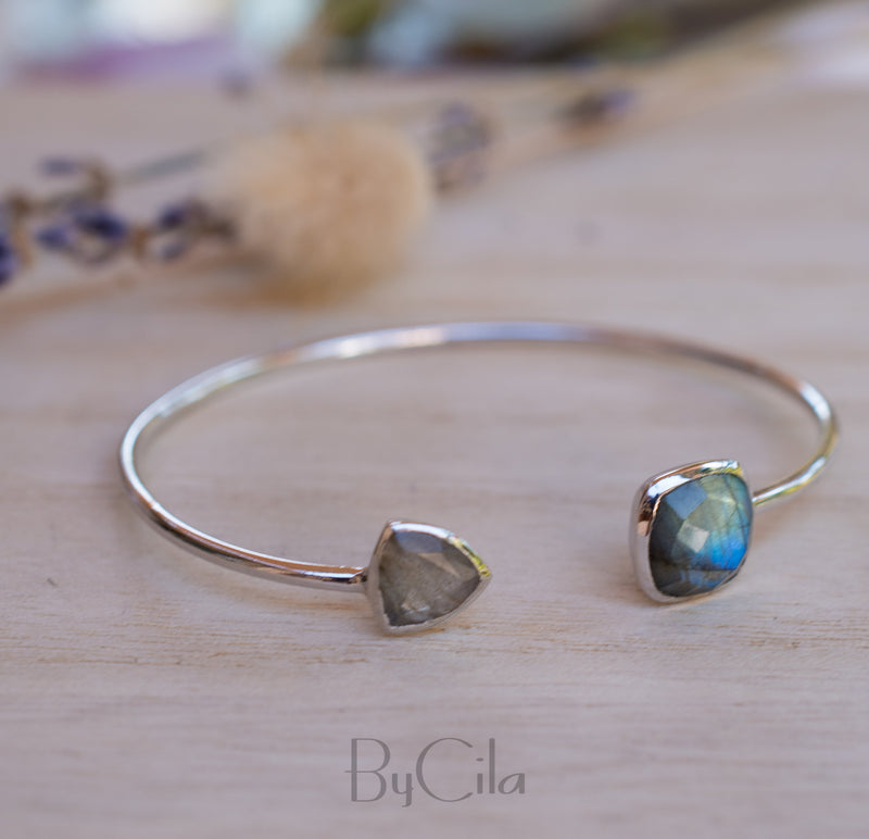 Labradorite Bangle Bracelet * Gold Plated 18k or Silver Plated * Gemstone * Gypsy * Hippie * Adjustable * Statement * Stacking * BJB001A
