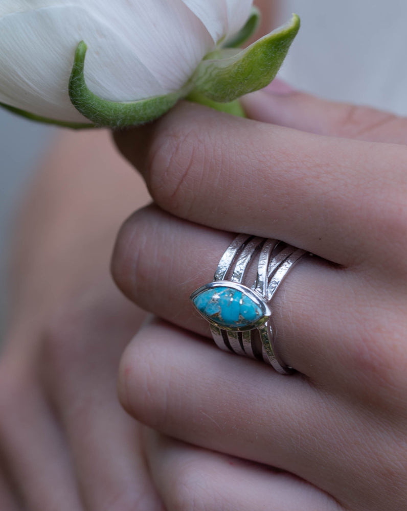 Connie Turquoise Ring * Silver Plated * BJR133