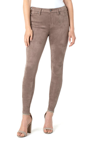 "Abby Ankle Skinny 28"" Inseam"