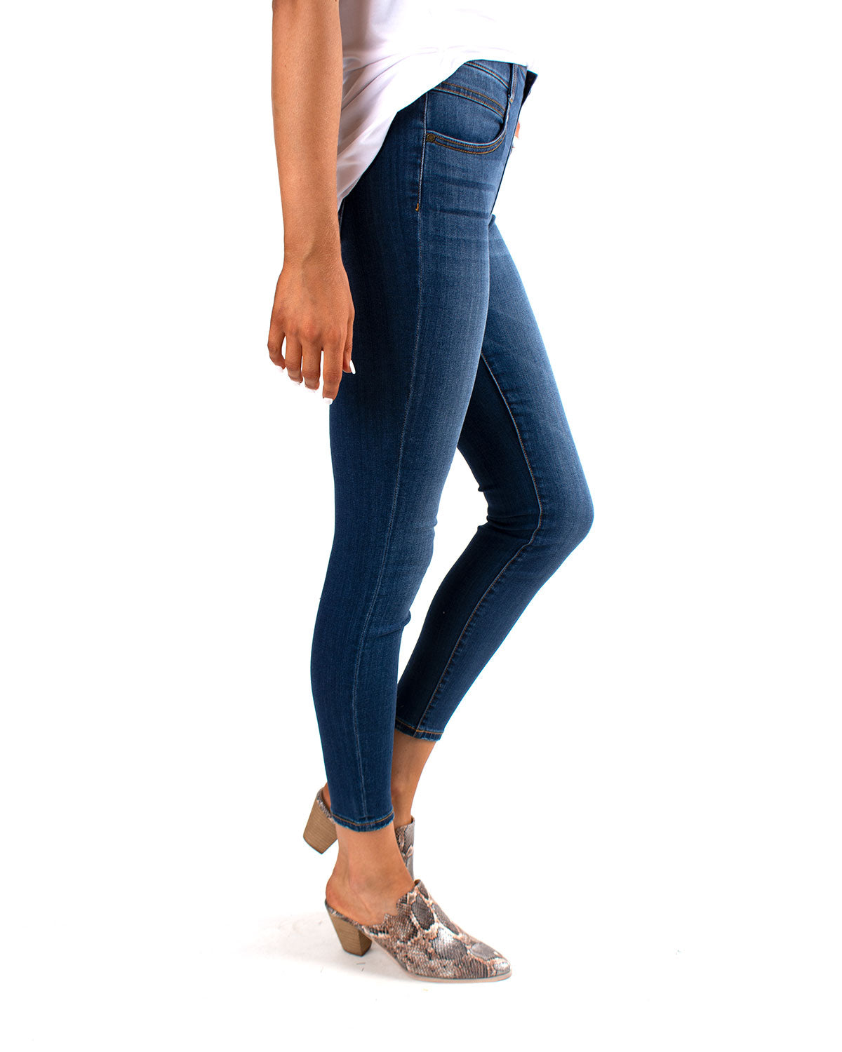 Gia Glider Ankle Skinny