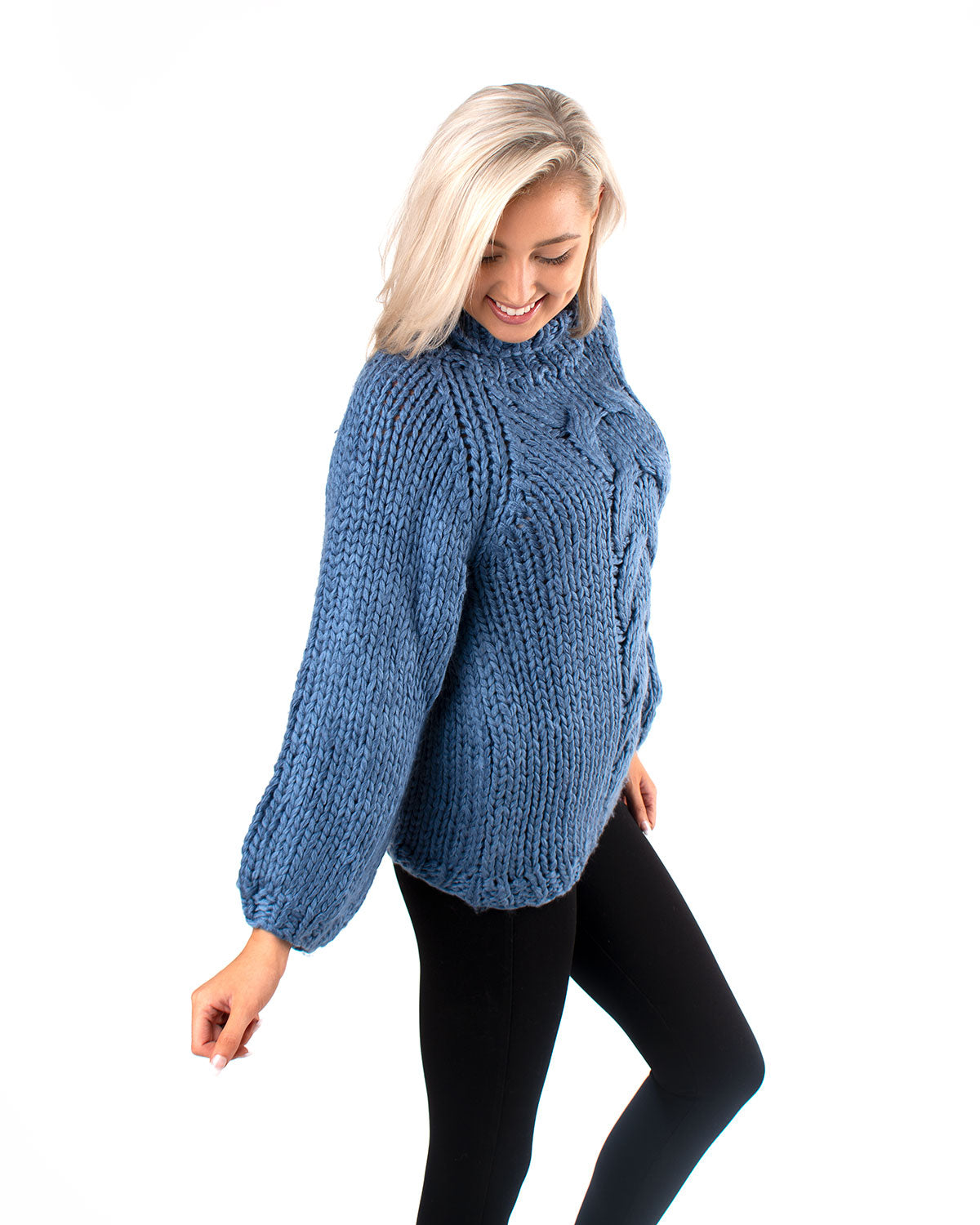 Chunky Cable Knit Pullover Sweater