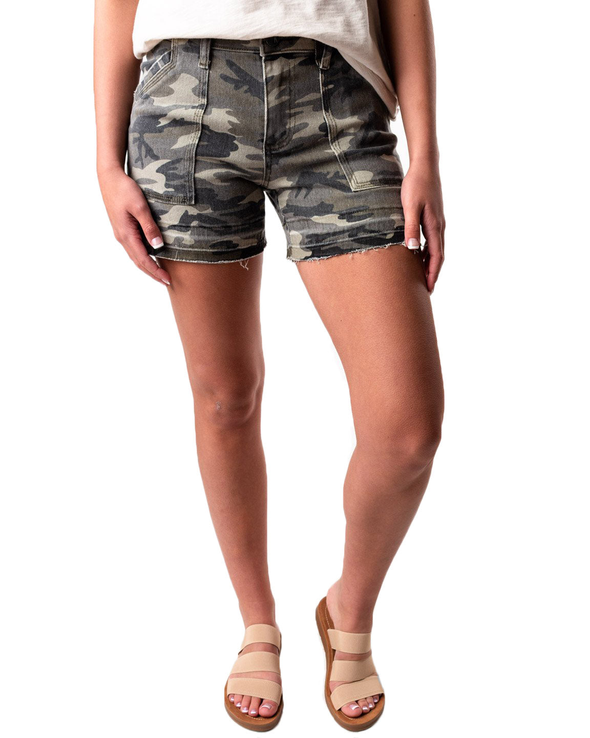 Alice Camo Released Hem Short