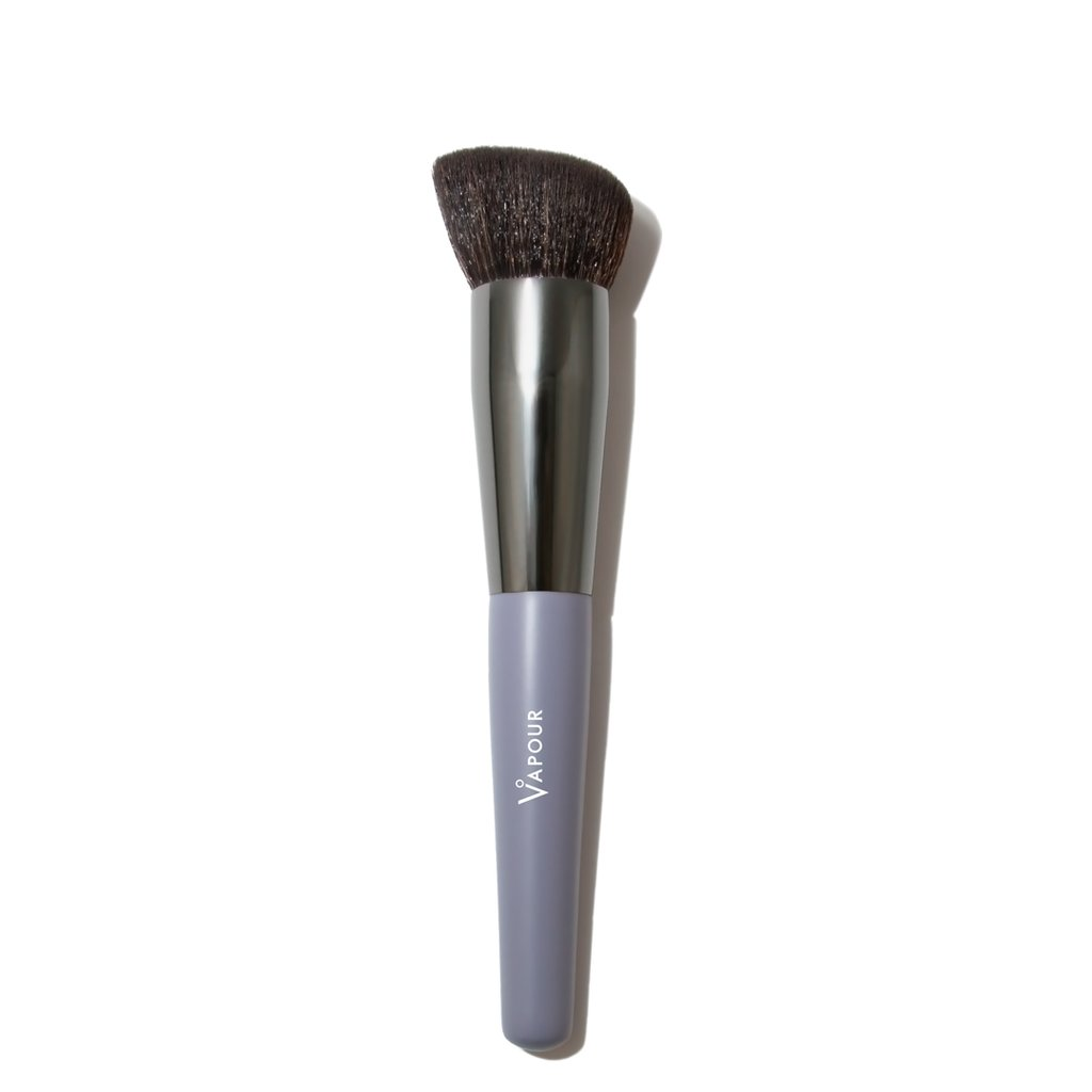 Nature21 Blvd_Vapour Beauty Brush Foundation