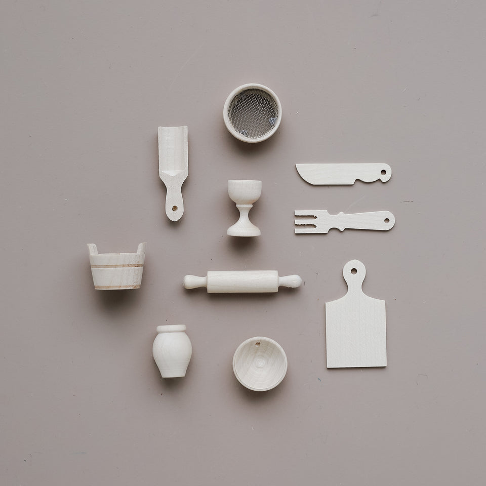 Doll's Kitchen Tools Set